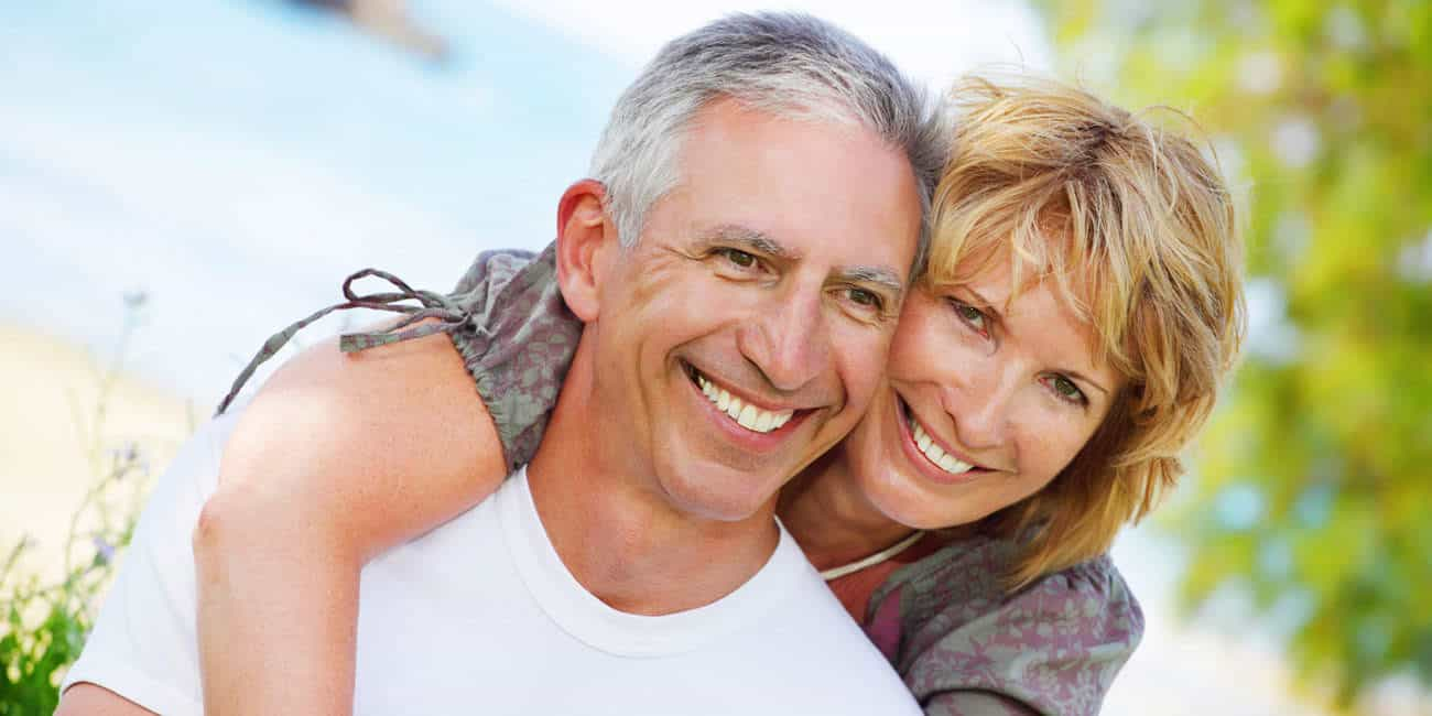 Wills & Trusts happy-couple Estate planning Direct Wills Stratford Marsh